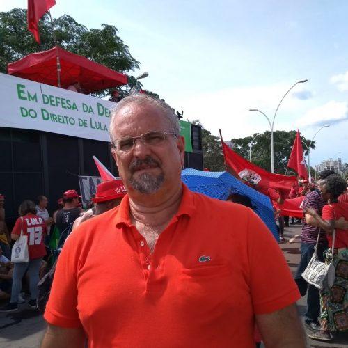 Lula é nosso candidato de qualquer jeito, afirma Galo, em Porto Alegre
