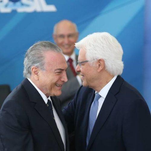 Moreira Franco nega comemoração com Temer por condenação de Lula