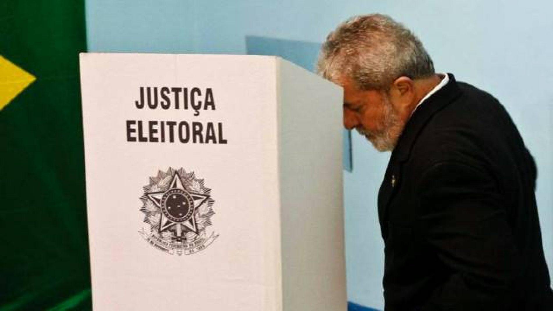 Pelo andar da carruagem, a foto de Lula estará na urna