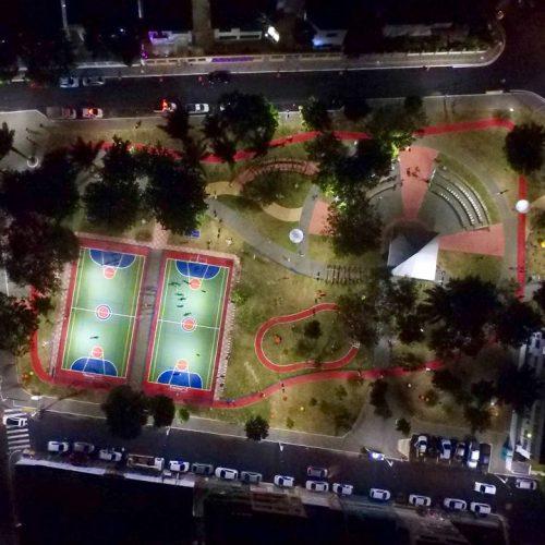 Praça do Dendezeiros é entregue requalificada pelo prefeito ACM Neto