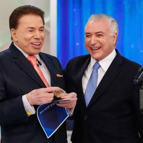 Temer vai ao SBT e entrega R$ 50 para Silvio Santos