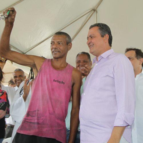 Rui entrega imóveis para 137 famílias no bairro de Nova Esperança