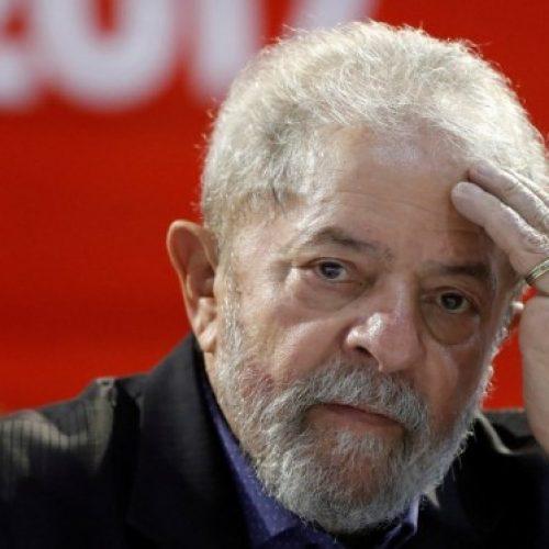 Adiado julgamento de habeas corpus de Lula no STJ