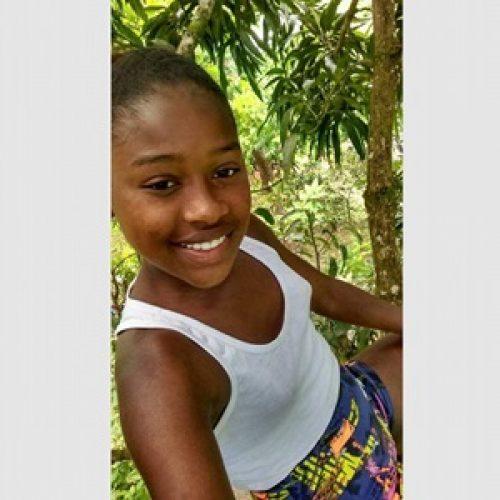 Adolescente de 13 anos morre no hospital após ser atropelada em Aurelino Leal