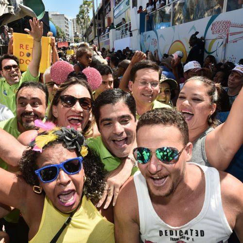 ACM Neto participa da pipoca do Alavontê no Carnaval de Salvador