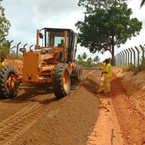 Camaçari: Estradas vicinais recebem pavimento