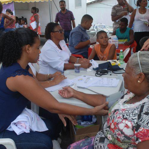 Lauro de Freitas: Prefeitura realizou mais de 400 atendimentos na feira Mais Saúde Perto de Você neste sábado