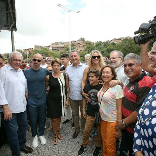 Rui inaugura a Via Mario Sérgio, que dá acesso ao Barradão