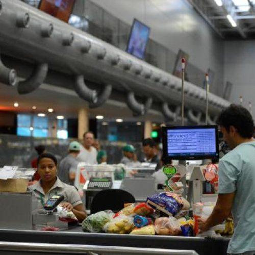 Inflação oficial cai para 0,29% em janeiro