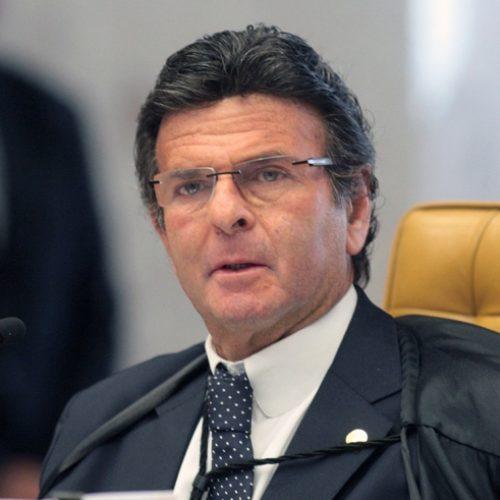 Fux pedirá investigação de empresas que produzem fake news no Brasil