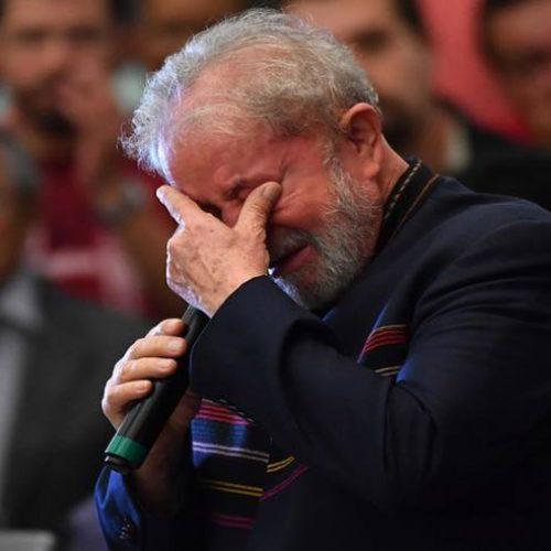 Lula enaltece luta de Marisa Letícia em missa de 1 ano de morte