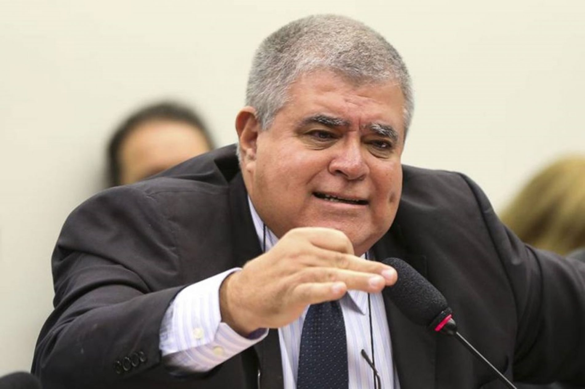 Marun: governo vai recorrer da decisão de Barroso que mudou indulto