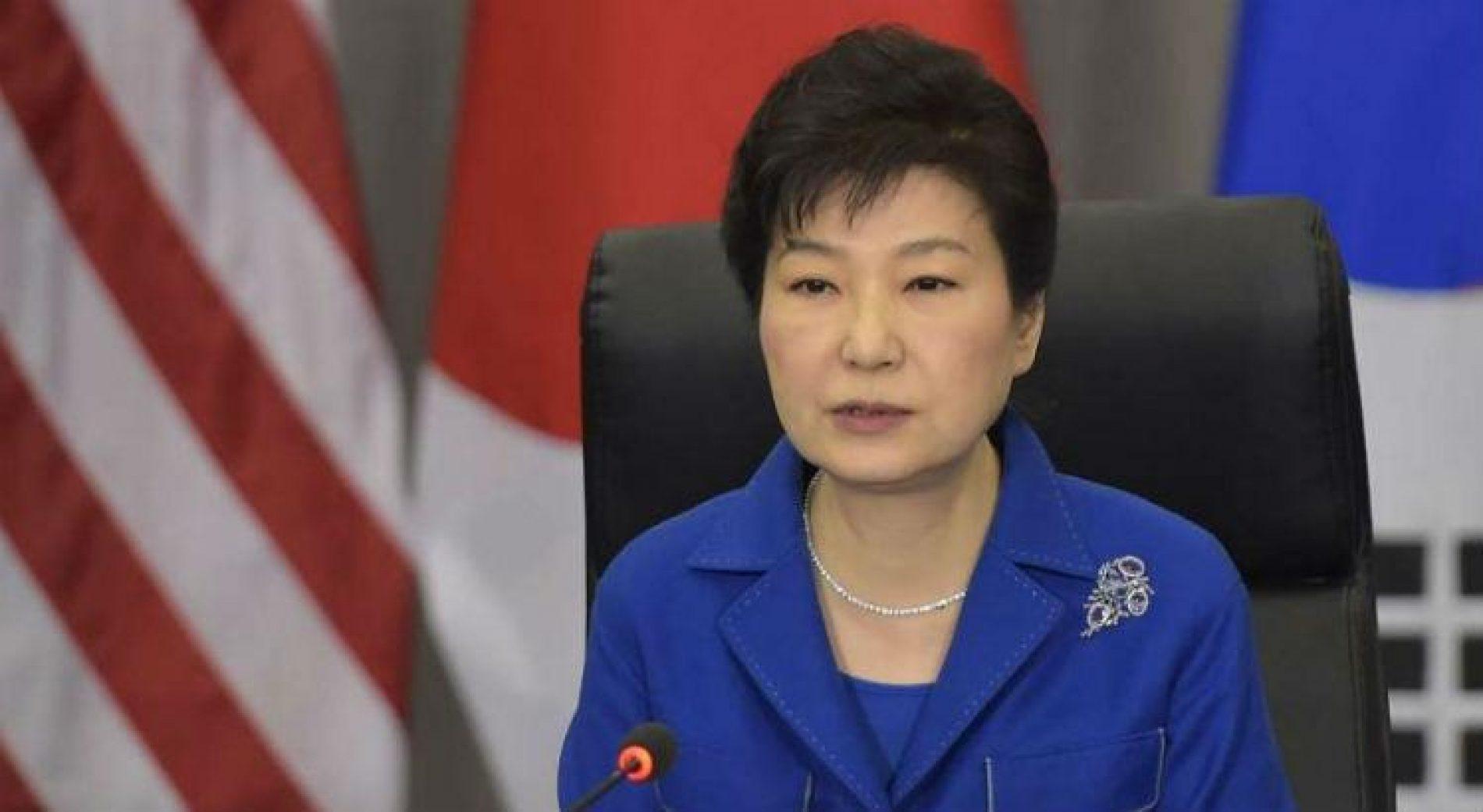 Promotoria pede 30 anos de prisão para ex-presidente sul-coreana