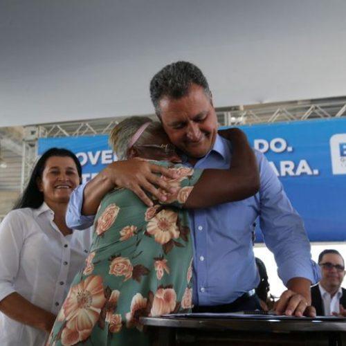 Rui assegura casa própria para 860 famílias em Salvador