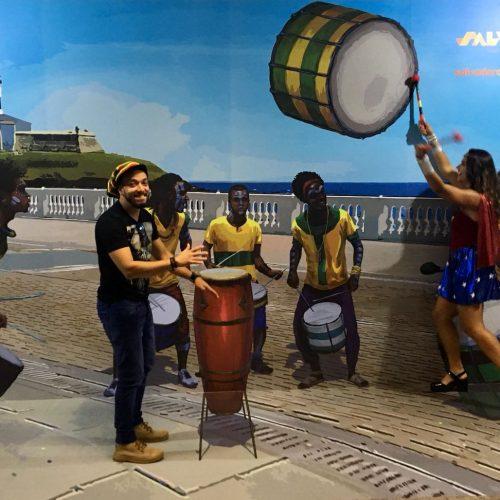 Aeroporto de Salvador recebe 14 mil pessoas no primeiro dia oficial de Carnaval