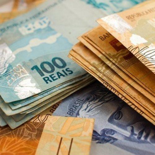 Somente 21% dos brasileiros conseguiram guardar dinheiro em dezembro