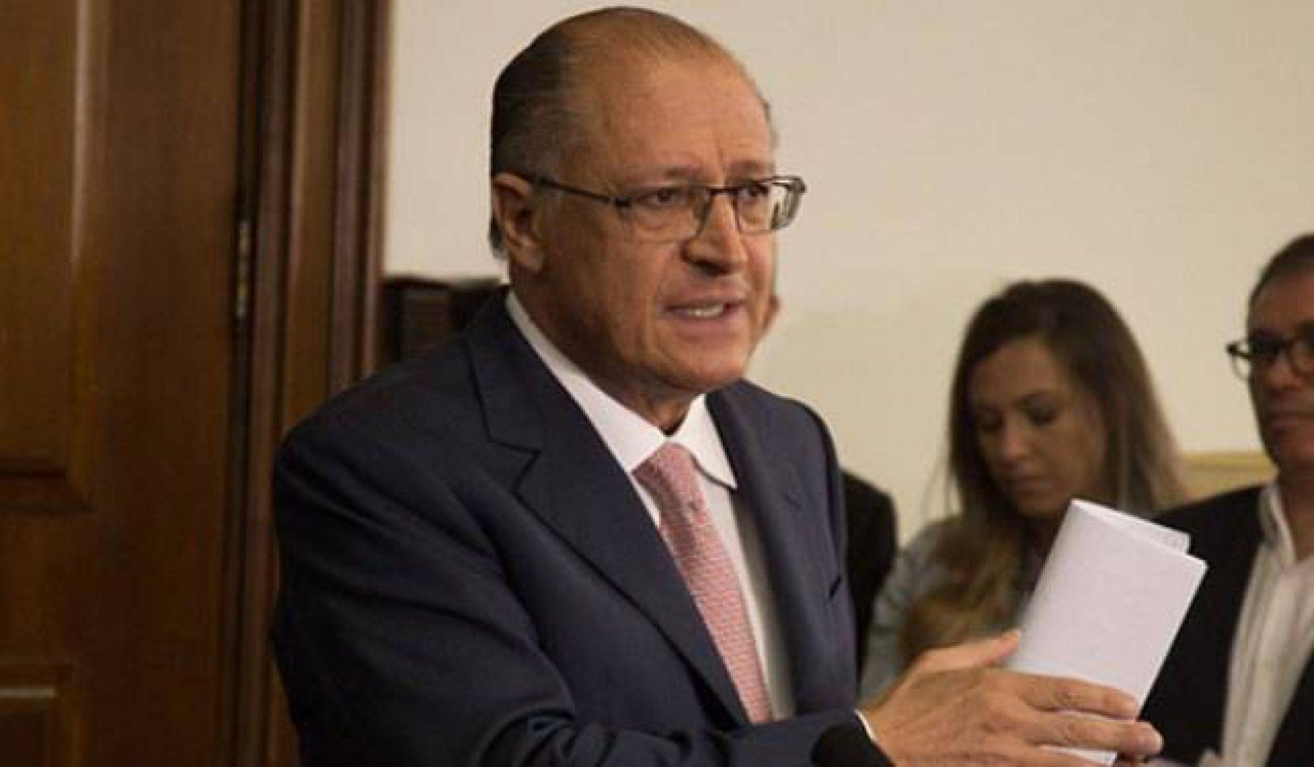 Tucanos aliados de Alckmin querem explicações de FHC sobre Huck