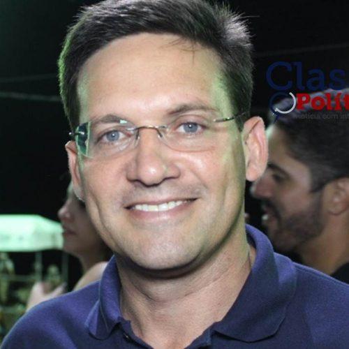 Anúncio de ACM Neto candidato ao governo do Estado no carnaval seria um grande presente, diz João Roma; ASSISTA