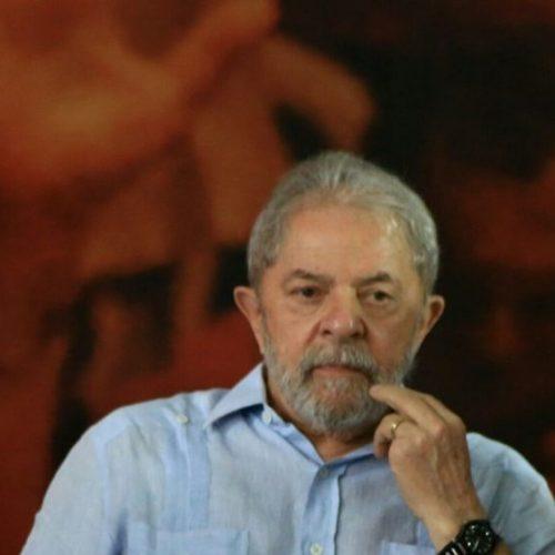 """Lula diz que """"sonho de consumo"""" de Moro é vê-lo preso """"por um dia"""""""