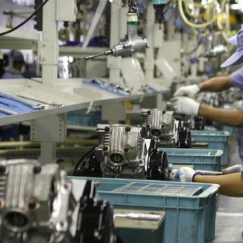 Confiança do empresário industrial fica estável em março