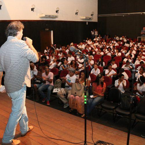 Lauro de Freitas: Alunos da rede municipal dão aula de história para marcar os 204 anos do Levante Malê