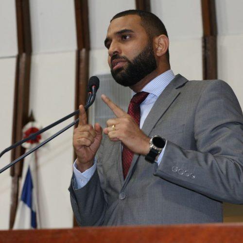 Heber Santana cobra do governador Rui Costa segurança no sul da Bahia