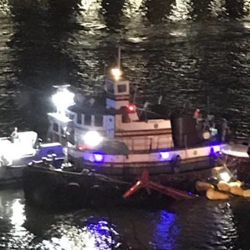 Helicóptero cai em Nova York e mata pelo menos duas pessoas; ASSISTA