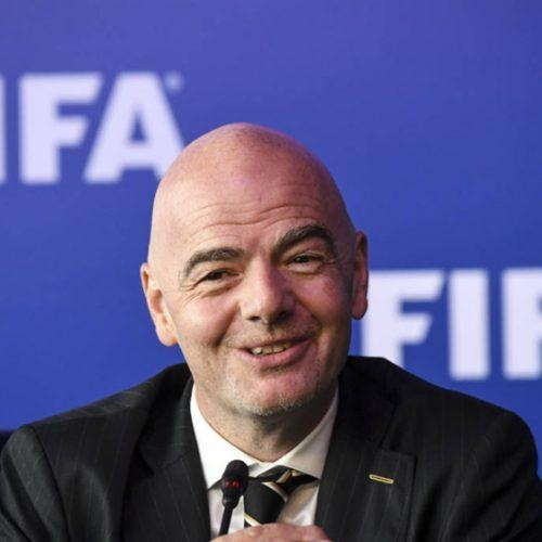 Presidente da Fifa confirma árbitro de vídeo na Copa do Mundo de 2018