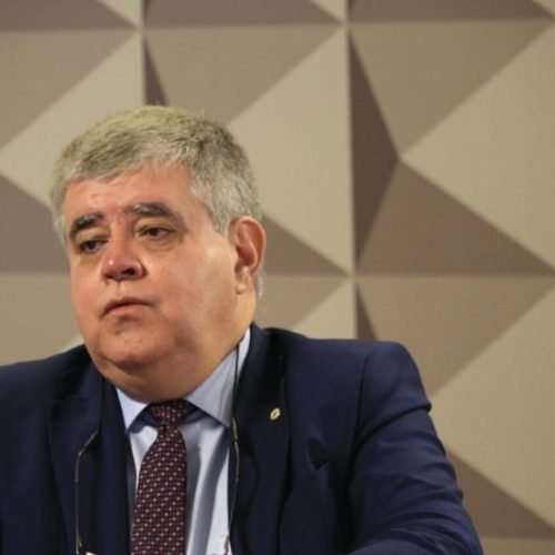 A pedido de Temer, Marun desiste de pedir impeachment de Barroso