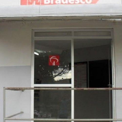 Clientes são assaltados dentro de agência bancária em Apuarema
