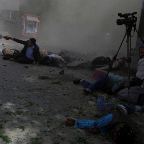 Estado Islâmico reivindica autoria de ataque a bomba no Afeganistão