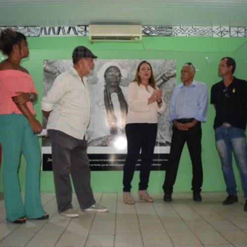 Fabíola Mansur reafirma compromisso com a cultura de Lauro de Freitas
