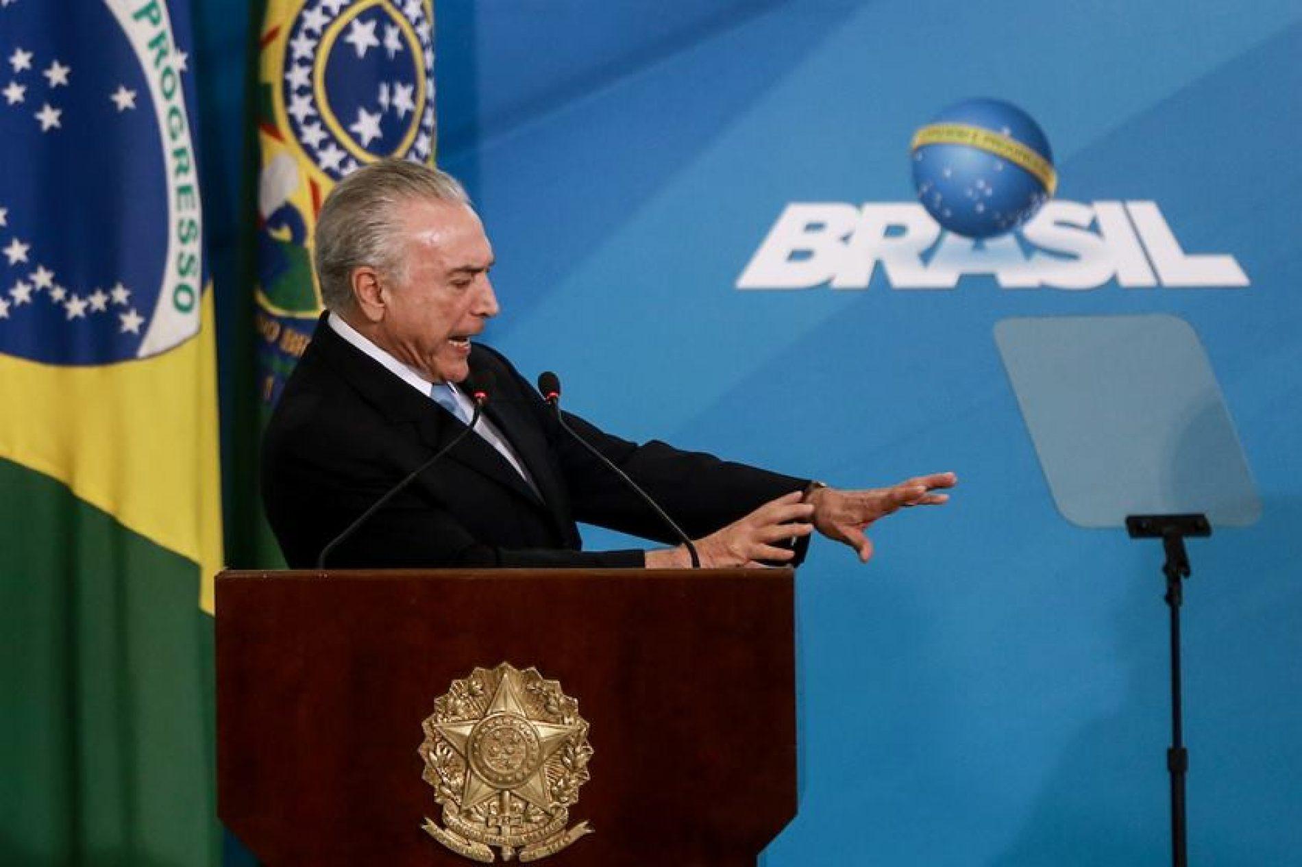 Sem citar Lula, Michel Temer diz desejar paz ao país após eleições