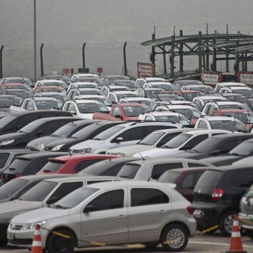 Temer se reúne com representantes do setor automotivo