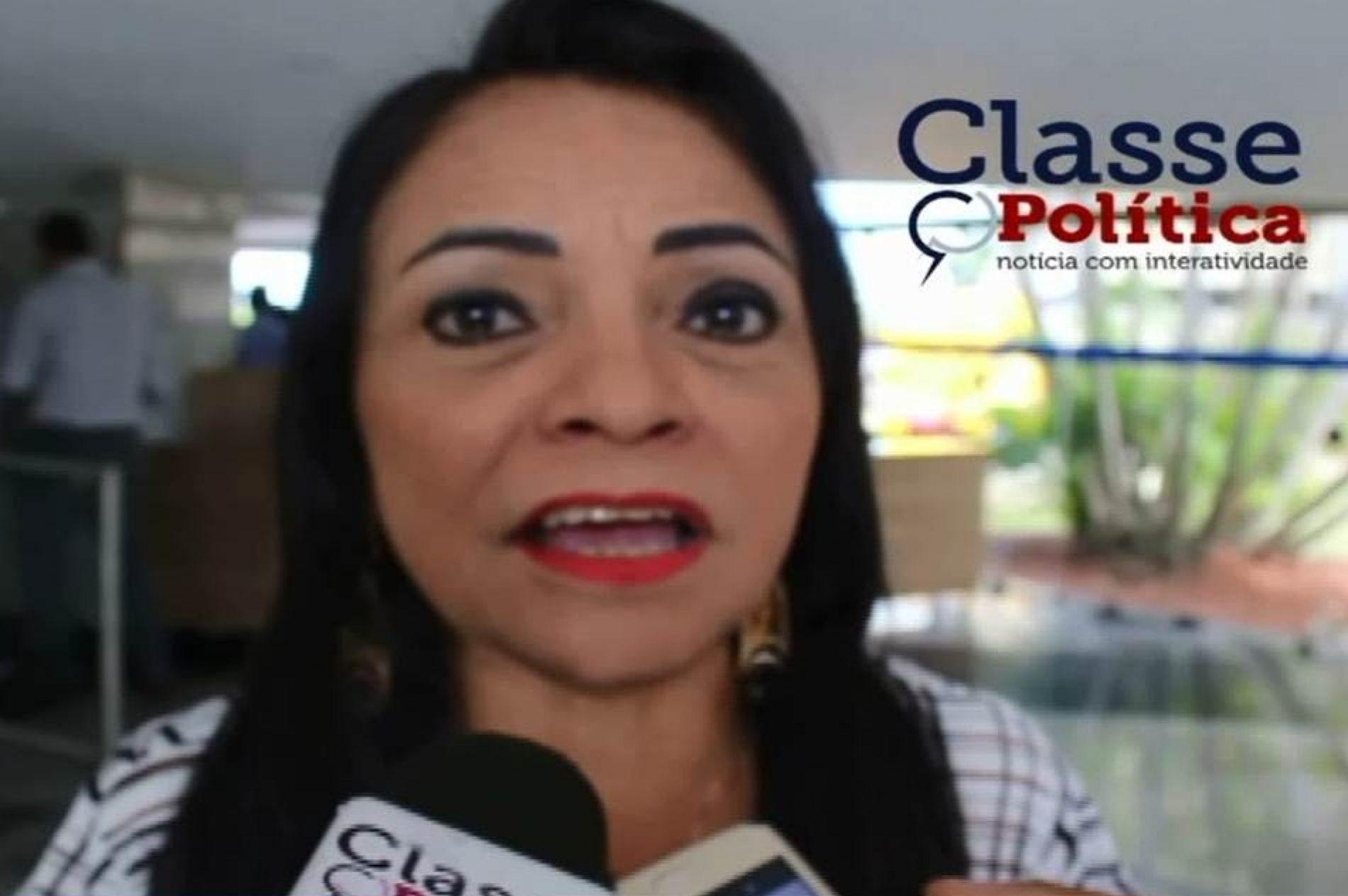 """""""Ele tem o direito de ser candidato a presidência da República"""", defende Moema; ASSISTA"""