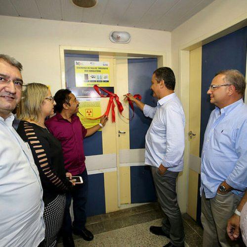 Ao lado de Rui, deputado Roberto Carlos participa de série de entregas em Juazeiro