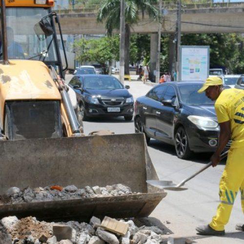 Órgãos da Prefeitura de Salvador e escolas funcionam nesta segunda