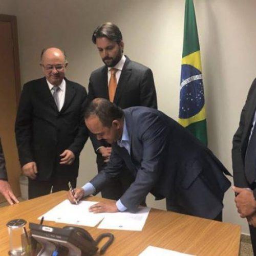 Após articulação de Azi, Ministro das Cidades anuncia liberação de R$65 milhões para Camaçari