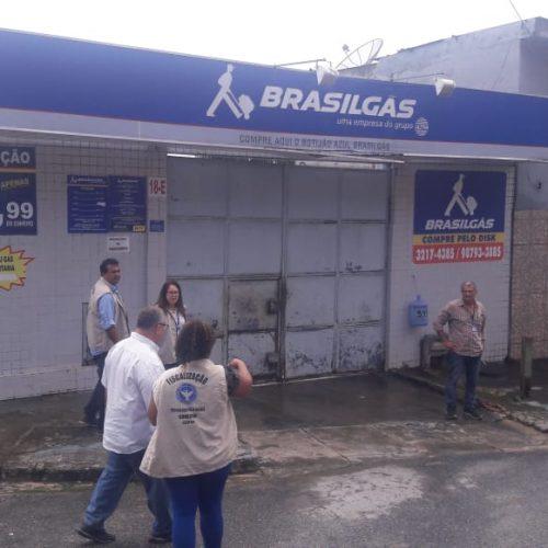 Codecon autua mais dois estabelecimentos por preço abusivo do gás