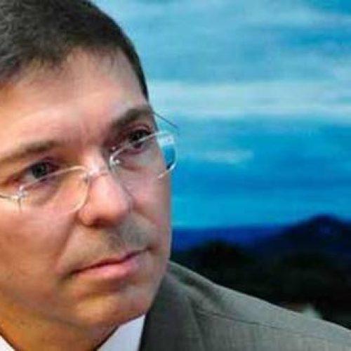 Filho de José Alencar se coloca à disposição do PR par ser candidato