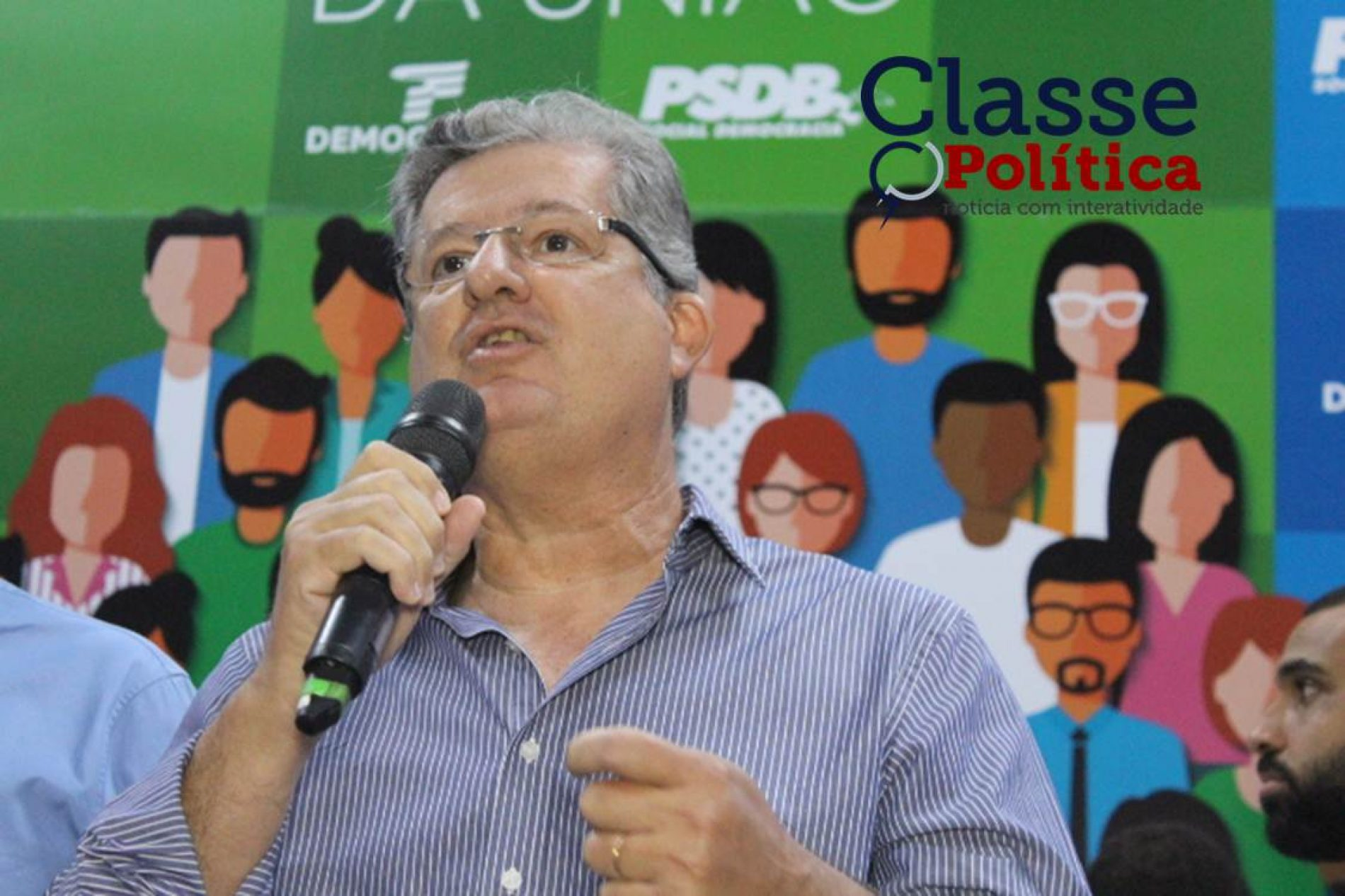 "VÍDEO.""Conseguir recursos para quase todos os municípios da Bahia"", revela o pré-candidato ao senado Jutahy Magalhães Jr."