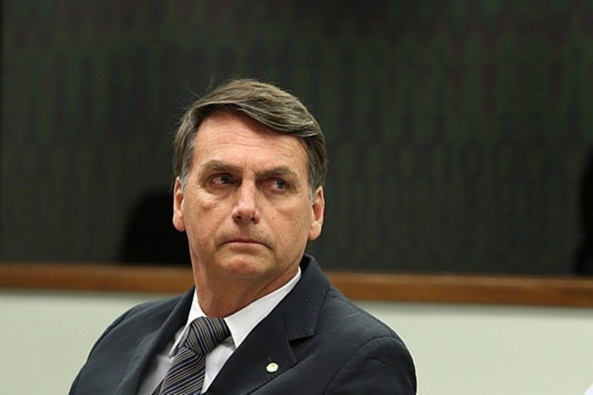 """Bolsonaro diz que Datafolha """"paga vexame"""" com números da corrida presidencial"""