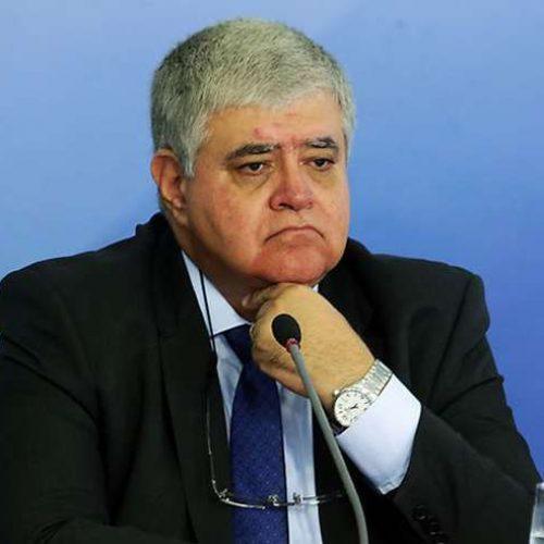 Ministro diz que preço do diesel cairá R$ 0,46 a partir de sexta-feira