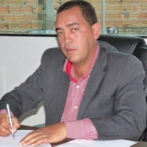 Série de irregularidades leva TCM a rejeitar contas de Caetano, ex-prefeito de Dário Meira