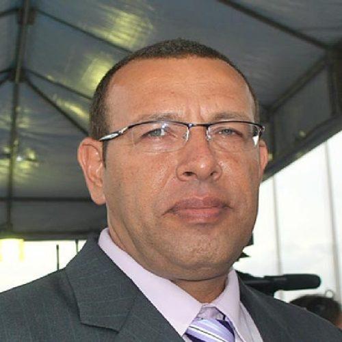 ICMS da gasolina imposto pelo PT representa maior fatia do preço do combustível baiano