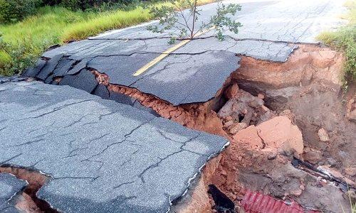 Belmonte: Chuvas causam desmoronamento de trechos da BA-001