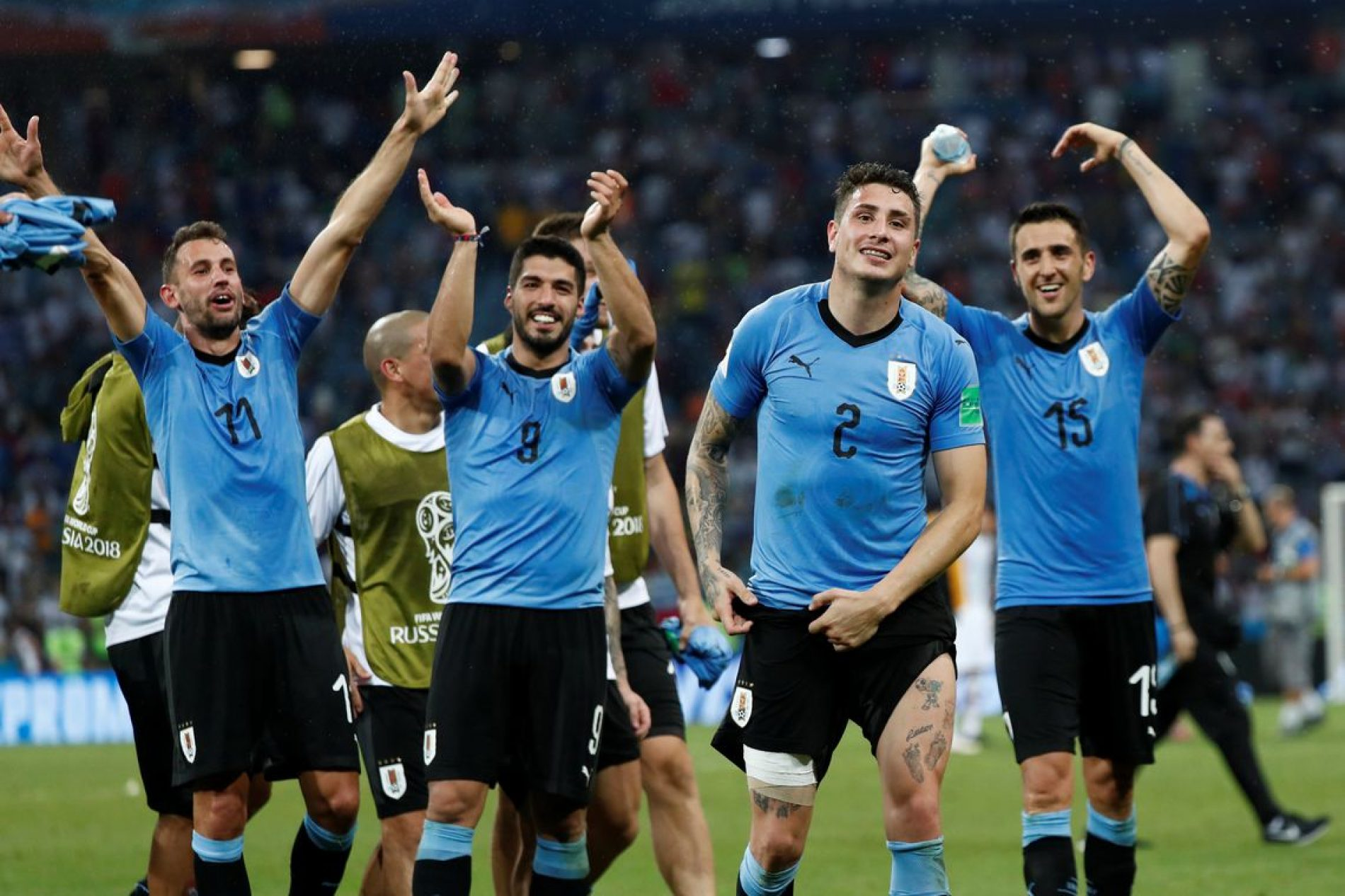 Em noite de Cavani, Uruguai elimina Portugal e vai às quartas