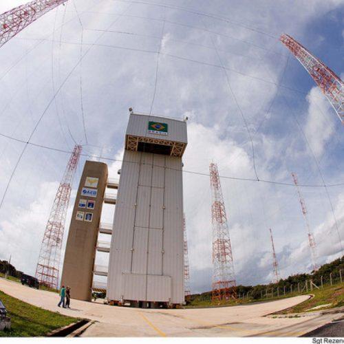 Estados Unidos e Brasil negociam utilização de Base de Alcântara