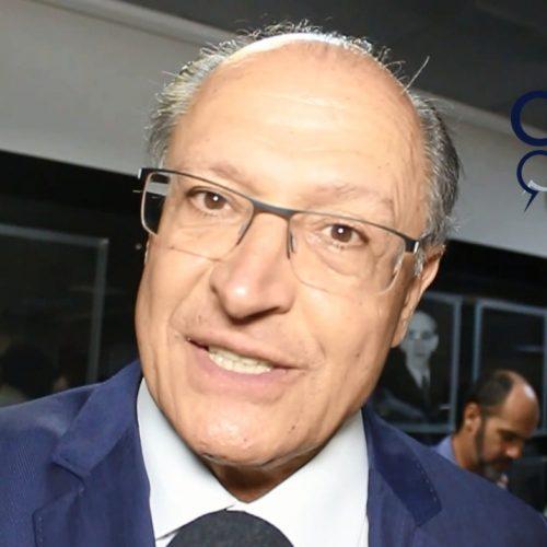 VÍDEO: Após receber titulo de Cidadão Baiano, Alckmin comenta pesquisa e prevê redução da quantidade de pré-candidatos a Presidência da República