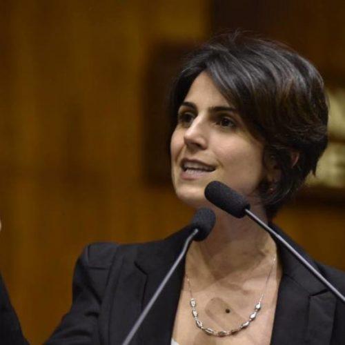 Manuela D'Ávila diz que não tem motivos para retirar candidatura